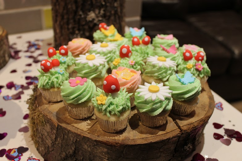 Easter Decorations On Cakes